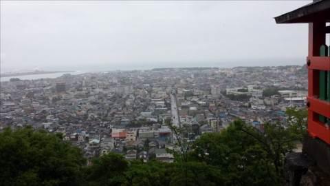 http://rieko-sugihara.com/photo_essay/item/34017315_1327317324079538_105532551963082752_n_R.jpg