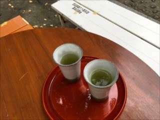 http://rieko-sugihara.com/photo_essay/item/IMG_6392_R.JPG